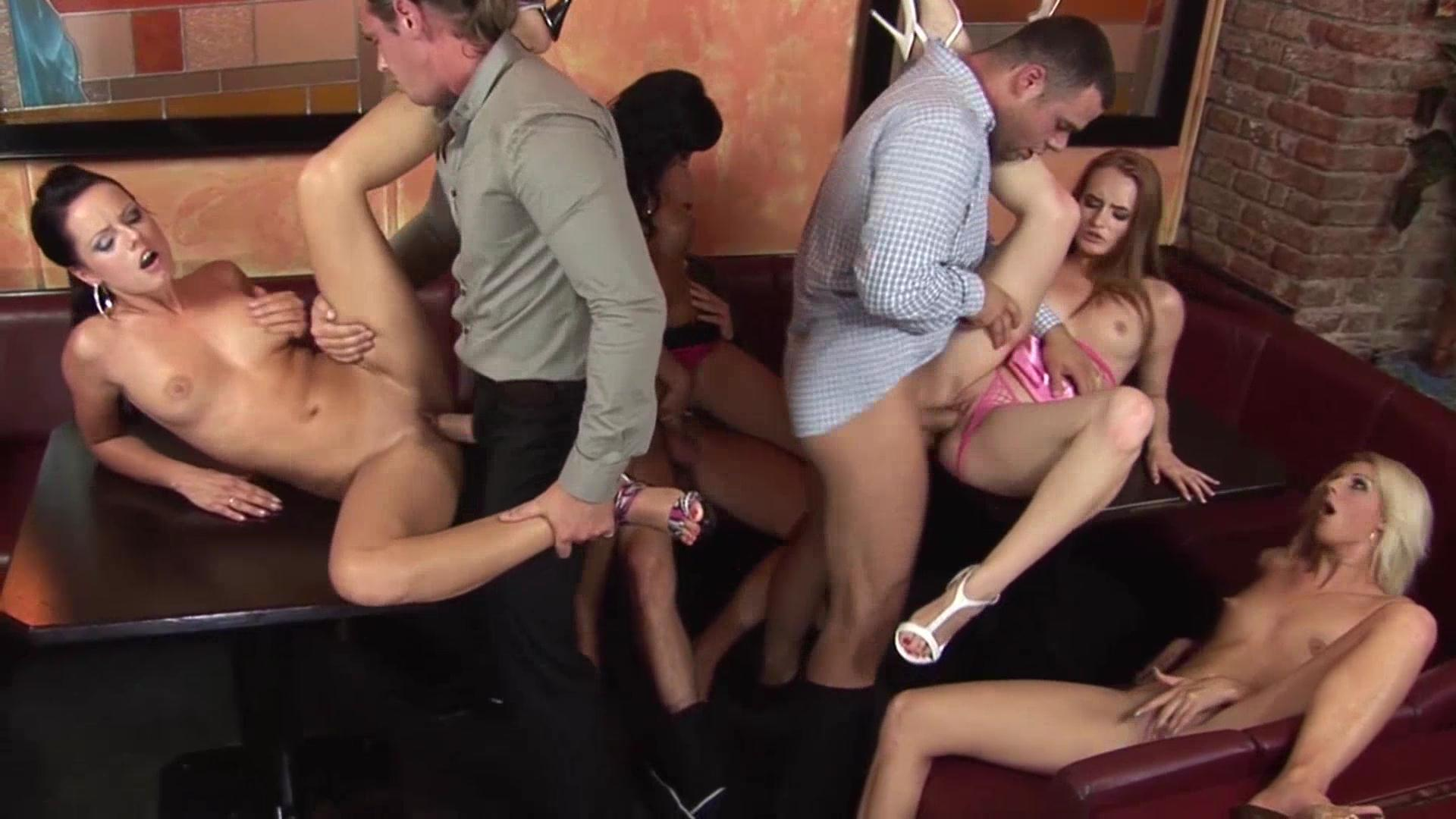 Clip orgy party