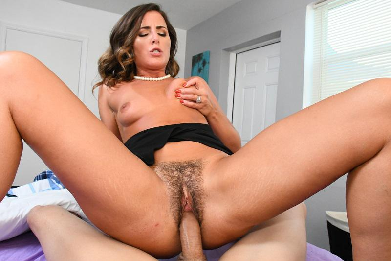Helena Price has sex with Johnny the Kid in Step Son Cum Inside Me 2